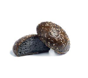 Булочка черная с кунжутом